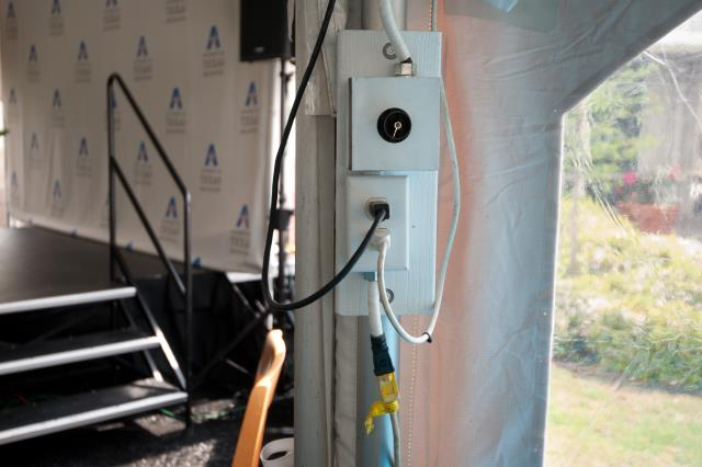 Where to rent TENT DIMMER in Ft. Worth Texas
